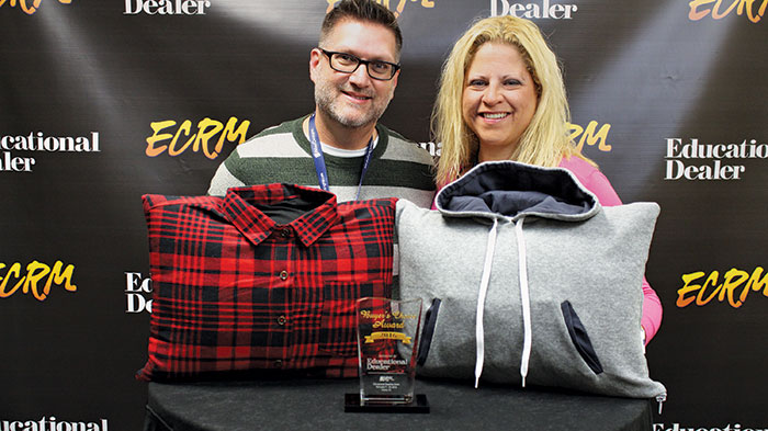 Todd Belcovitch and Stephanie Mitelman from Senseez with their award-winning vibrating pillows. Call 514-983-9600 to order